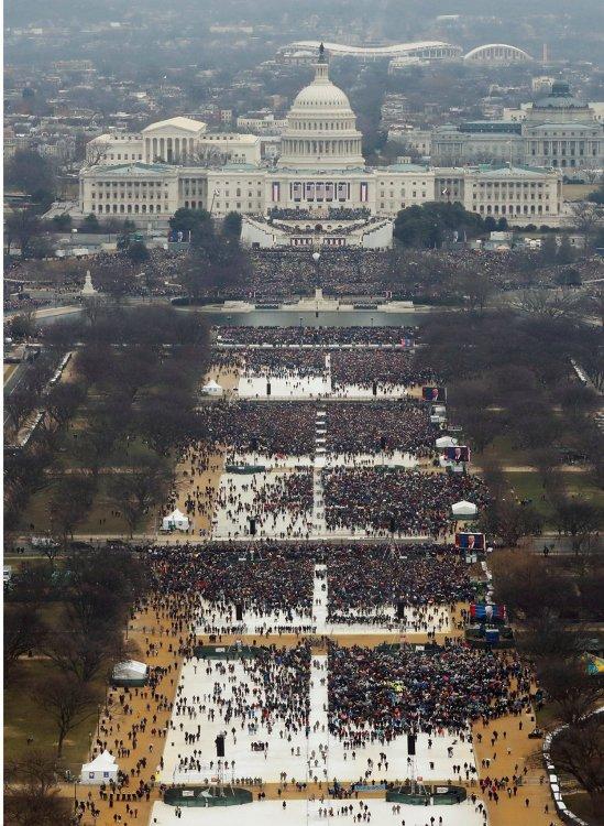 Trump crowd.jpg
