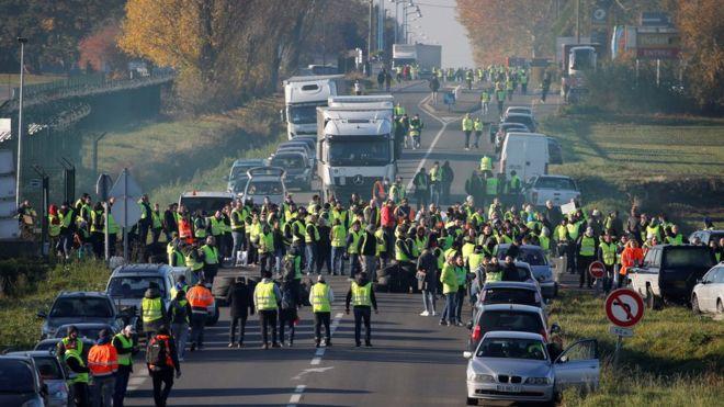 _Protest in France.jpg