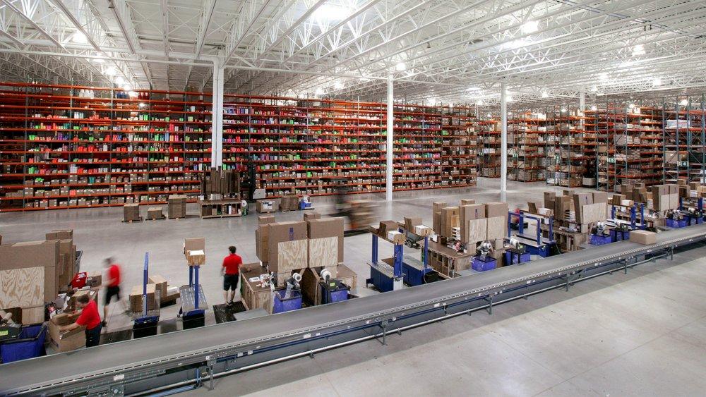 03_Uline-Distribution-Center-warehouse-Hudson-WI-DistributionLline-and-Warehouse-1920x1080.jpg